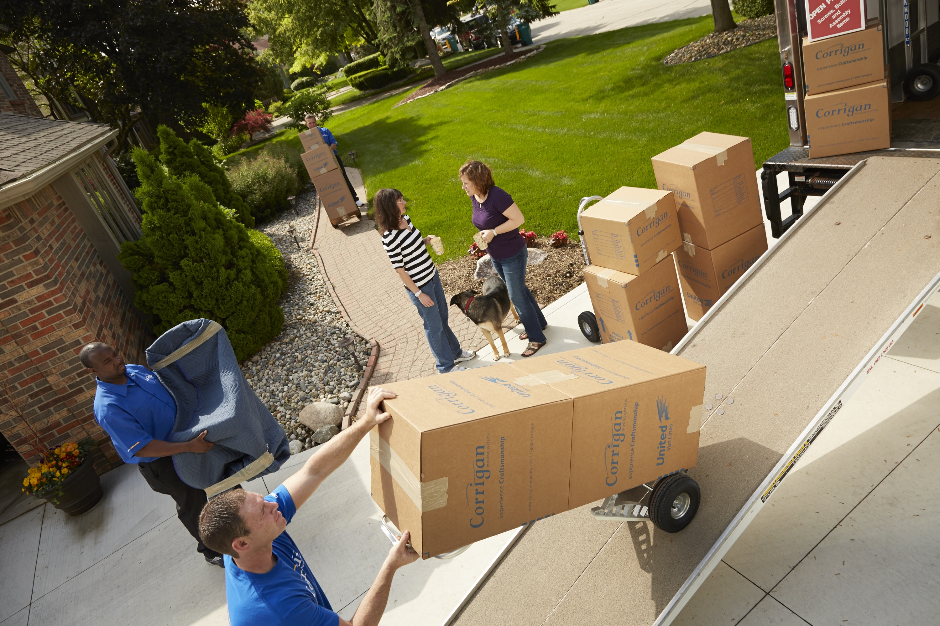 Hiring Movers there are times when you should consider hiring professional